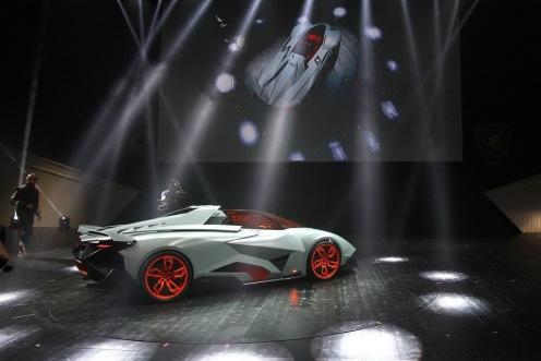 Lamborghini-Egoista-04[2]